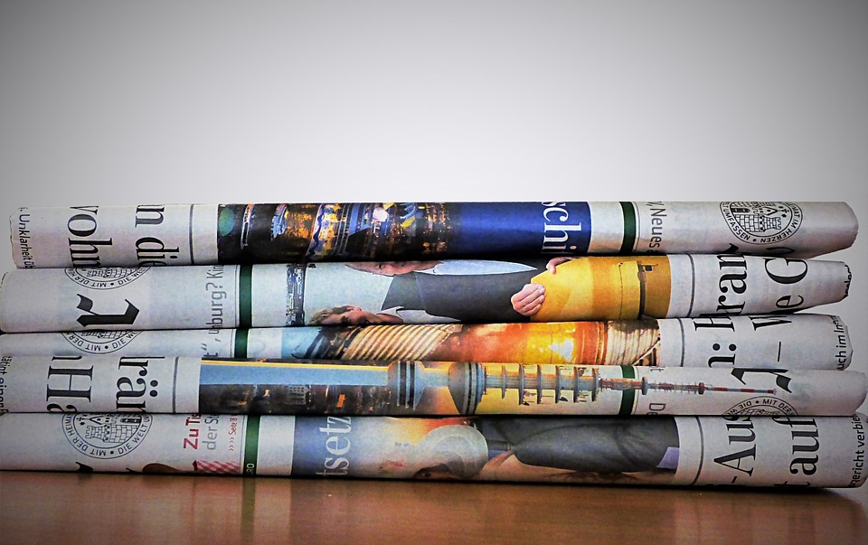 Zeitungen_c_bykst_pixabay